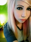 Blonde-emo-chick-loves-camwhoring